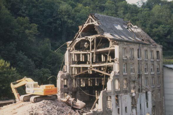 Usine simonis 07 1996 destruction