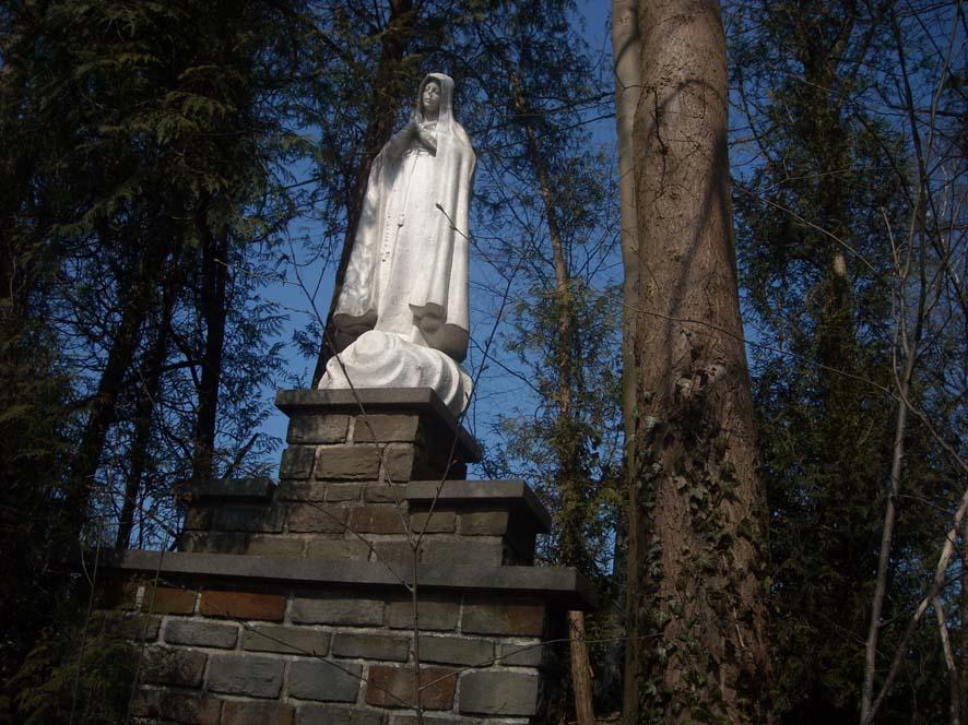 Vierge de fatima mangombroux 02